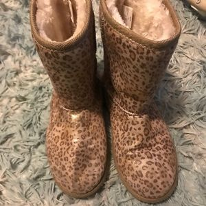 Other - Leopard boots